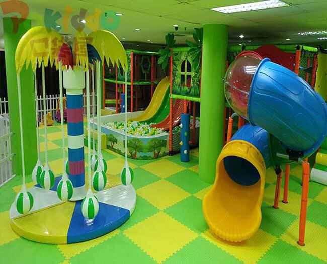 室内淘气堡儿童乐园