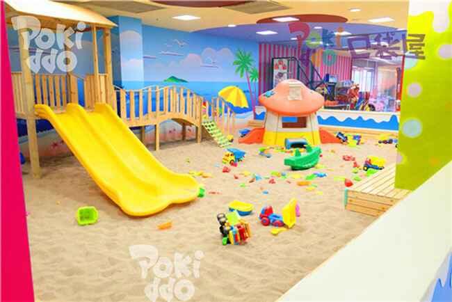 室内儿童淘气堡乐园沙池