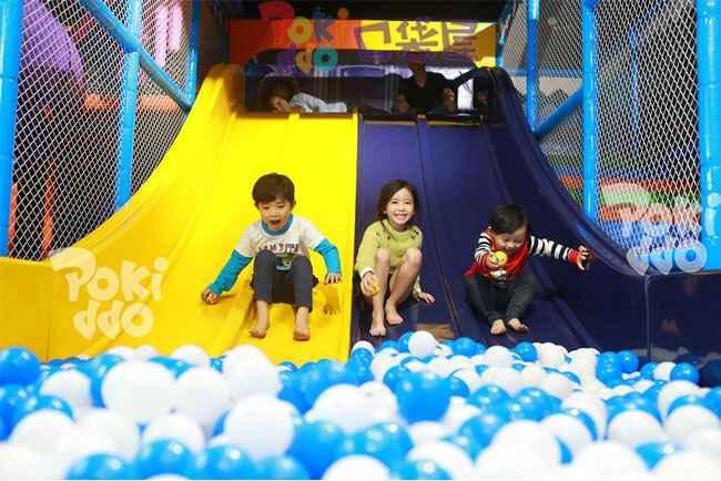 室内儿童淘气堡乐园海洋球池