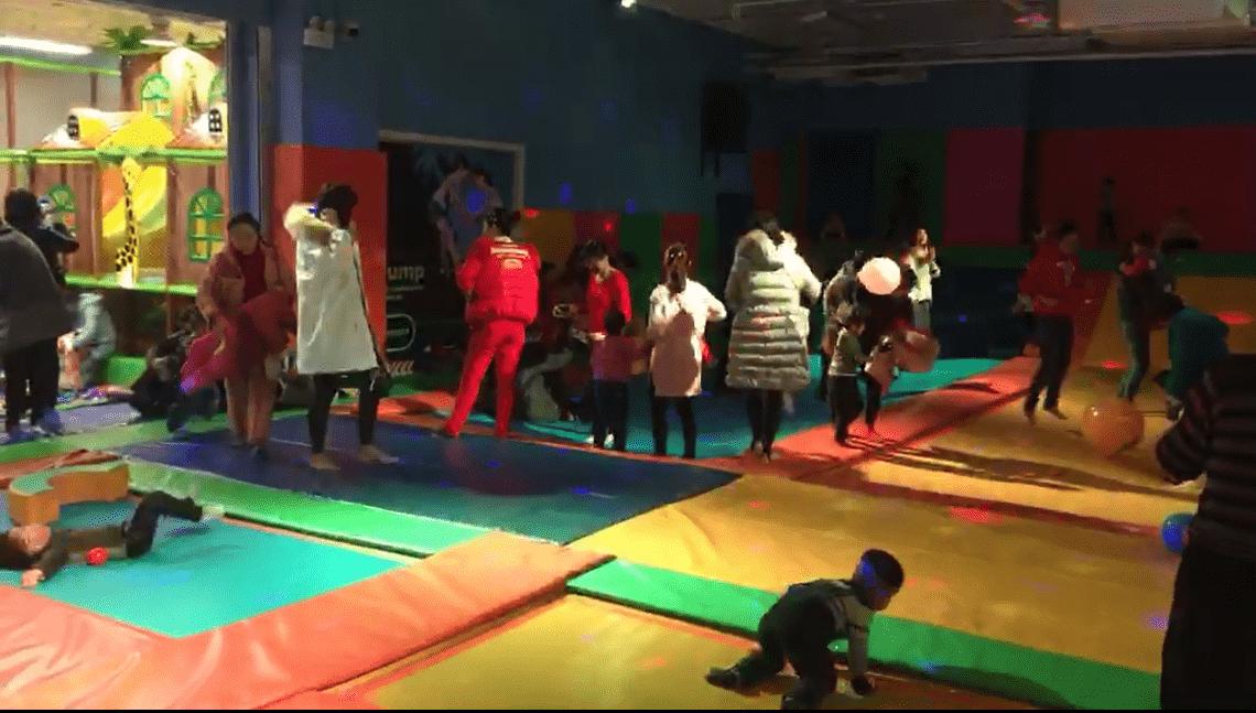 室内儿童乐园加盟.png