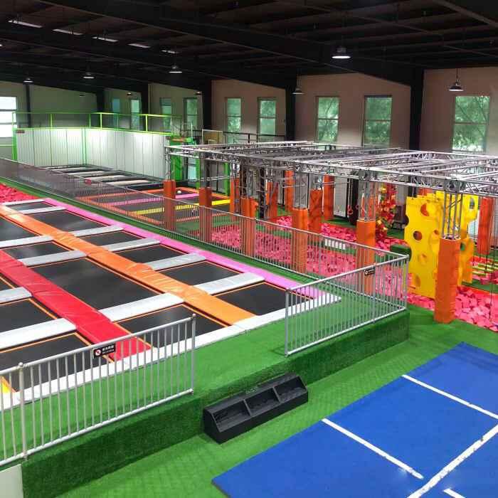 口袋屋蹦床公园案例北京乐翻了蹦床公园