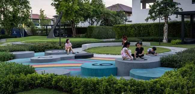 儿童蹦床乐园融入大自然