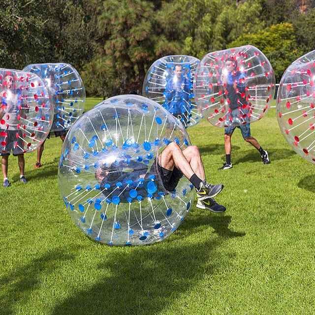 蹦床公园泡泡足球对撞碰碰球