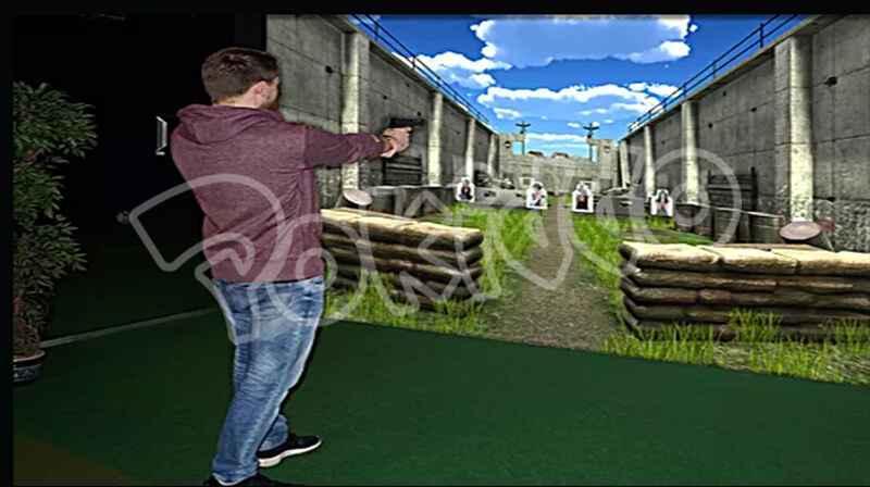 蹦床公园射击