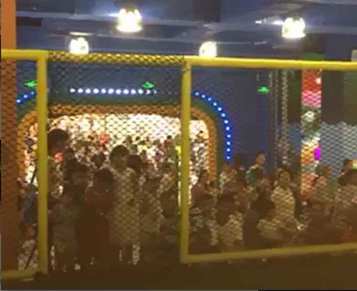 袋鼠王蹦床馆开业活动