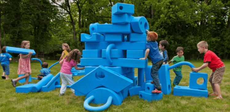蹦床公园EVA大型玩具模型.png