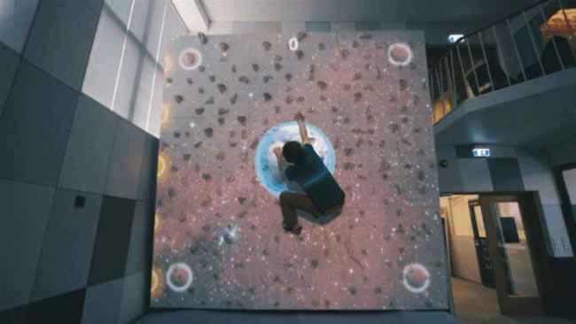 蹦床公园新设备——Valo-Climb-互动攀岩.jpg