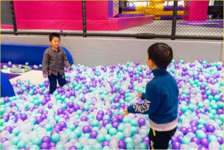 欢乐海洋球.jpg