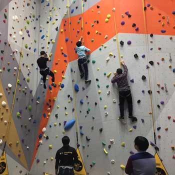 抱石攀岩墙