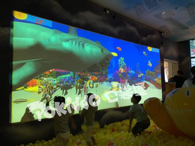 室内儿童乐园更新换代,高科技互动投影游戏设备,了解一下?