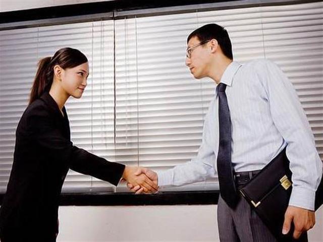 口袋屋游乐关于公司员工《商务礼仪》培训的通知