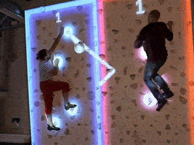 蹦床场馆改造升级项目—互动攀岩墙