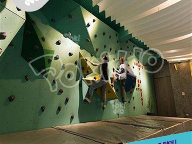 攀岩设备——蹦床公园火爆好玩功能项目